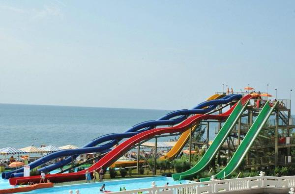 "Møt: ""Fyr"". Aquapark i Sochi for familieferier"